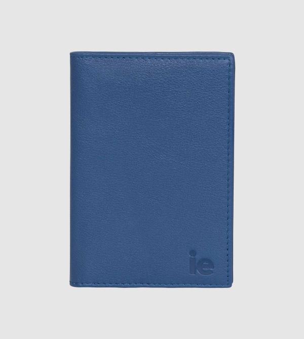 Funda Pasaporte IE de Cuero de color azul front