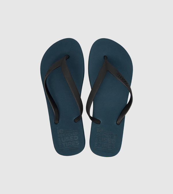 Chanclas IE de color navy front