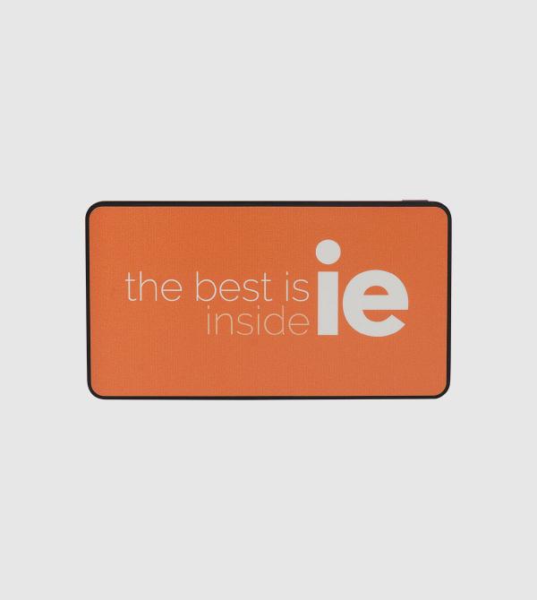 Cargador Portatil IE. Color naranja front